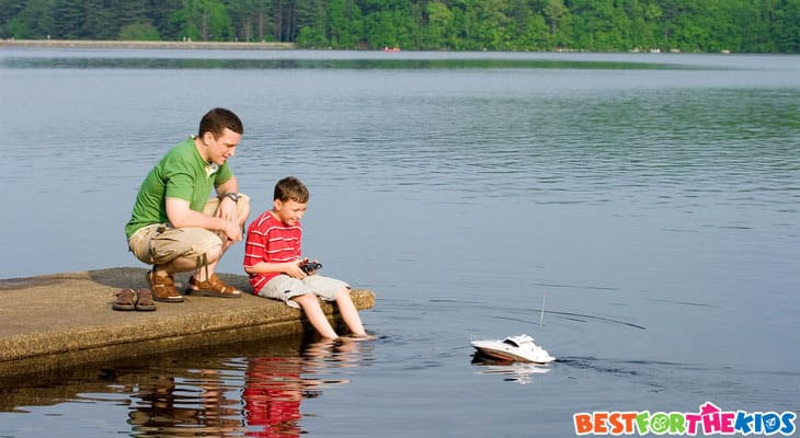 Best remote controlled boats for kids